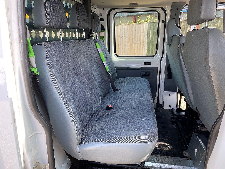 FORD Transit 2.4TDCi 100PS 300 SWB C/Cab SRW (2011) - Picture 6